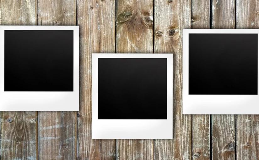 Fotos sichtbar im Haus anbringen